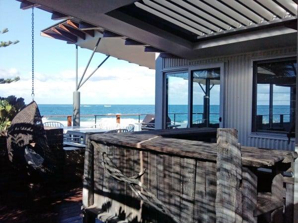 Singleton bar view