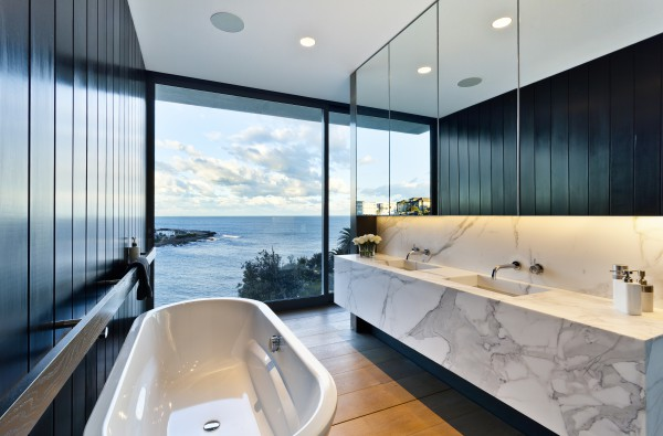 Gordon Ave, Coogee bathroom view
