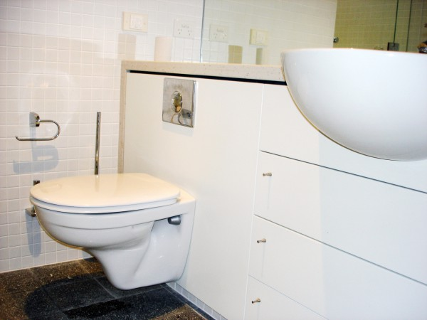 Beach Drive, Killcare bathroom cabinetry