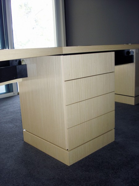 Payten St, Eraring desk drawers