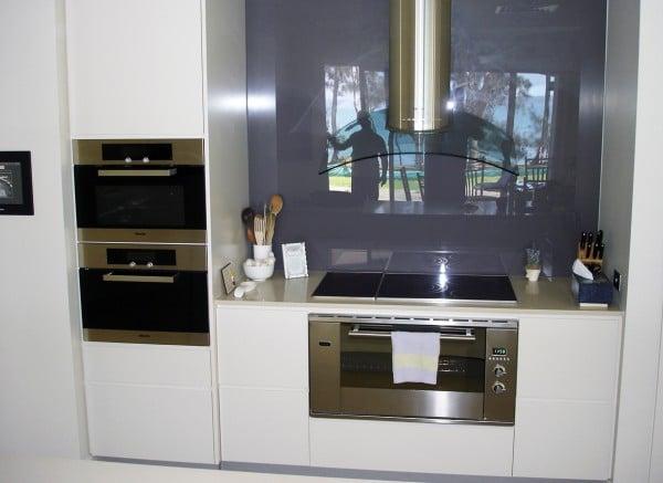 Payten St, Eraring kitchen from front