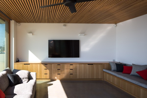 Warriewood entertaining room joinery